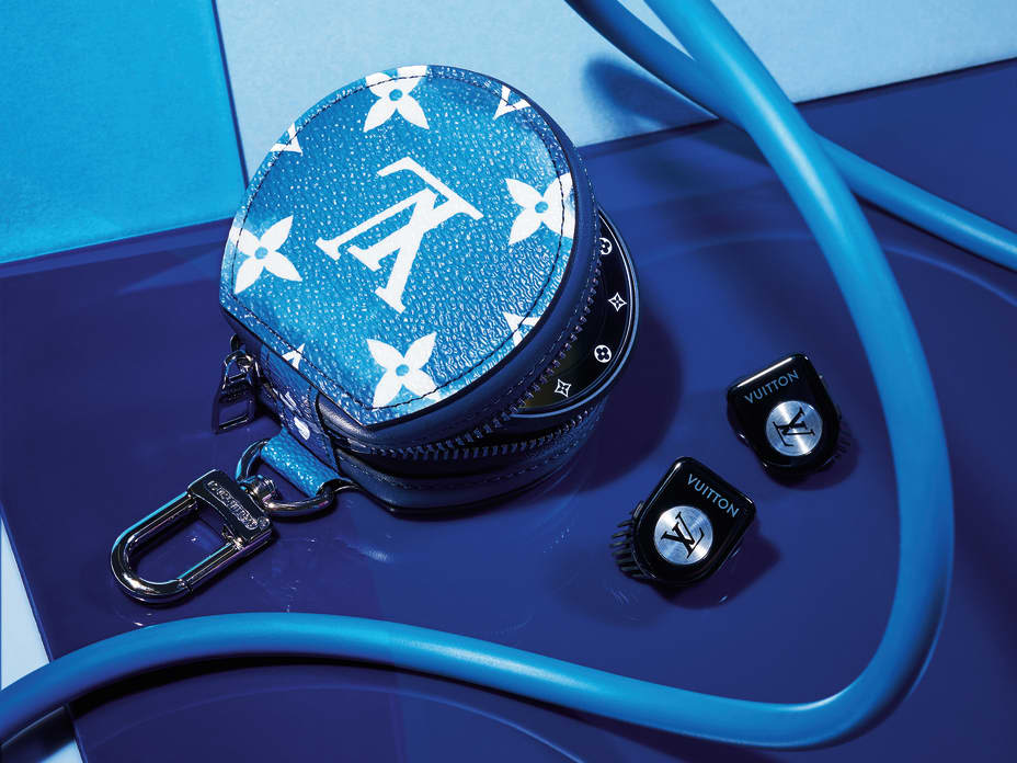 The most wanted: Louis Vuitton earphones