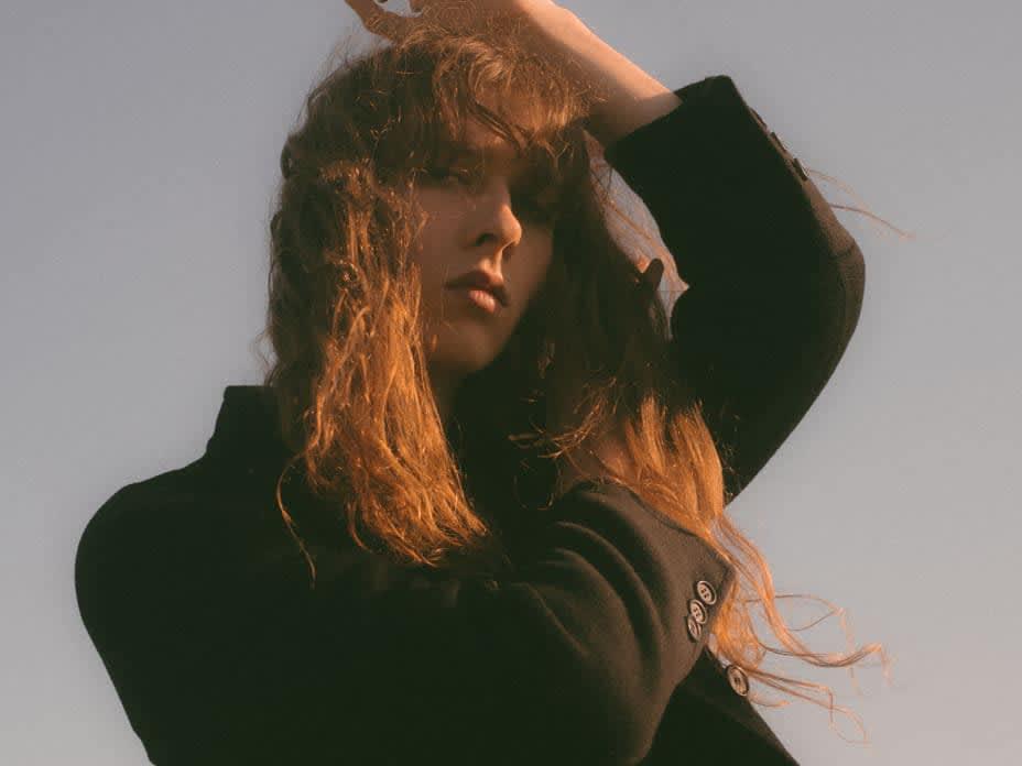 A dark romantic soul: meet Lauren Auder