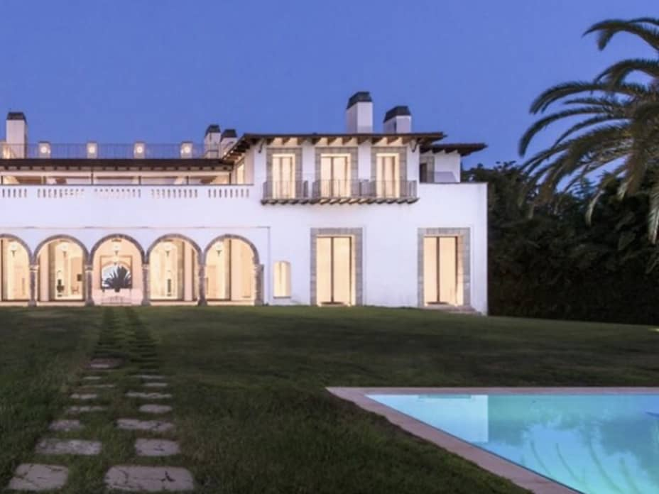 Inside Fashion Designer Eva Chow's $65 Million Mansion