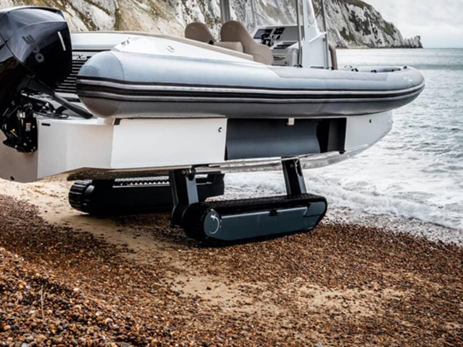 Meet the Amphibious Iguana Yacht