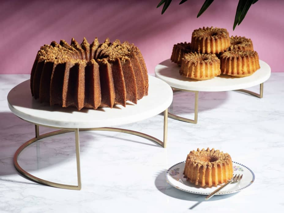 How to Make a Walnut Rum Cake That Will Impress Your Family